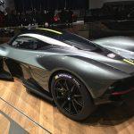 Aston Martin tre quarti 3